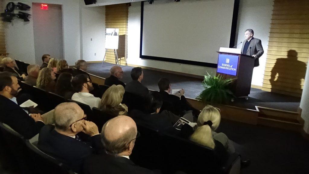 トランプの米国とどう向き合うか? (9)~トランプ政権誕生間近の米首都でジャーナリストの追悼式